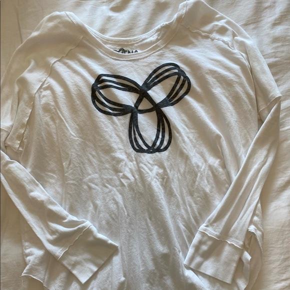 Aritzia long sleeve shirt